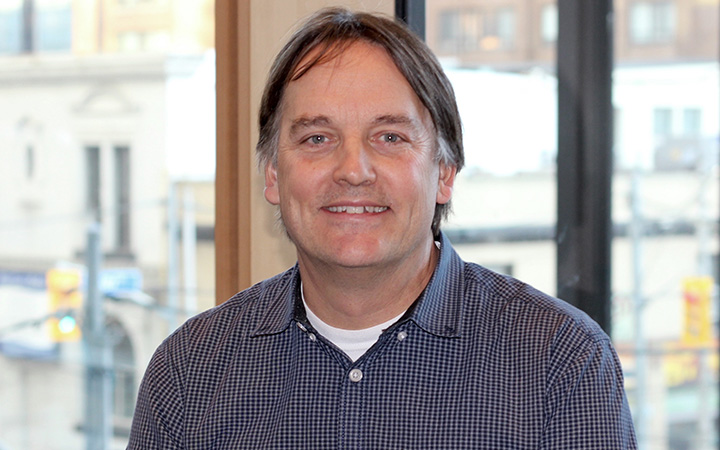 Head shot of Giles Santyr, a senior scientist at SickKids Research Institute and professor in U of T`s Department of Medical Biophysics