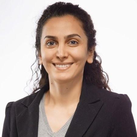 Head shot of Azadeh Golipour, AVROBIO, Inc.