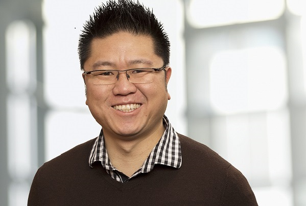Head shot of Professor Warren Chan